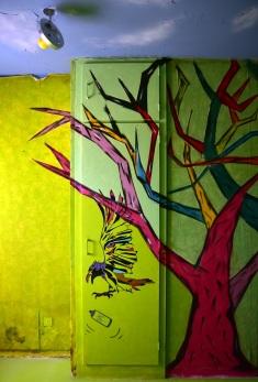 Yren_street-art-city_corbeau